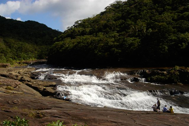 マリユドゥ&カンピレーの滝へ!ジャングルを歩こう